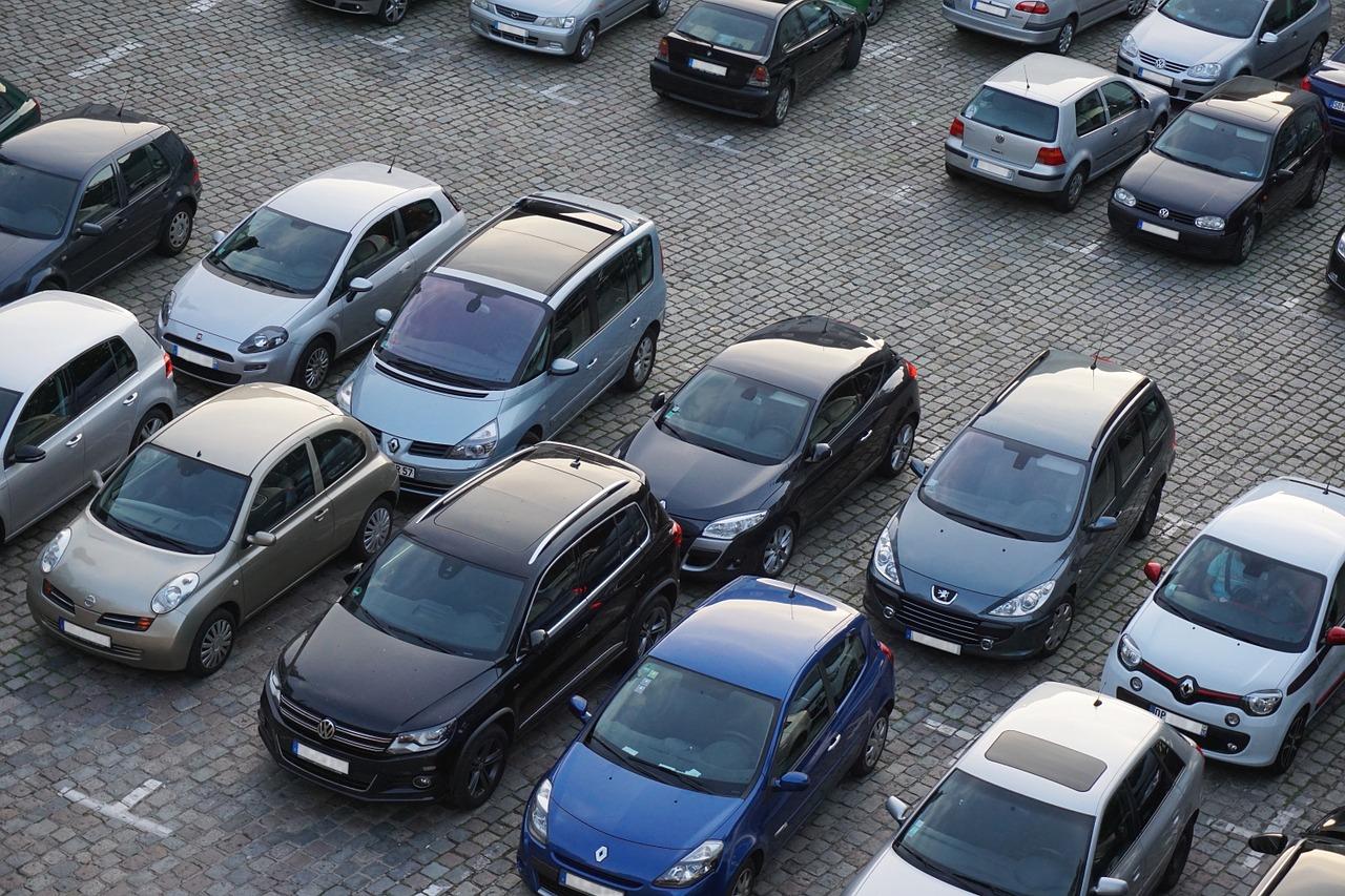 Gdzie zaparkować przy lotnisku?