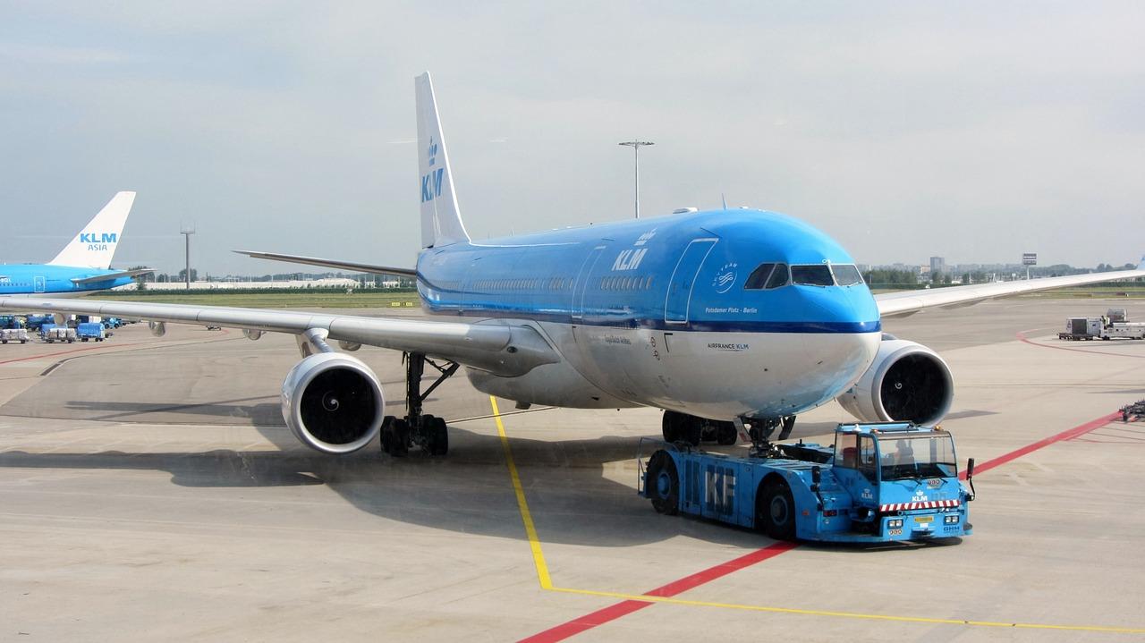 KLM bagaż podręczny wymairy i waga 2020