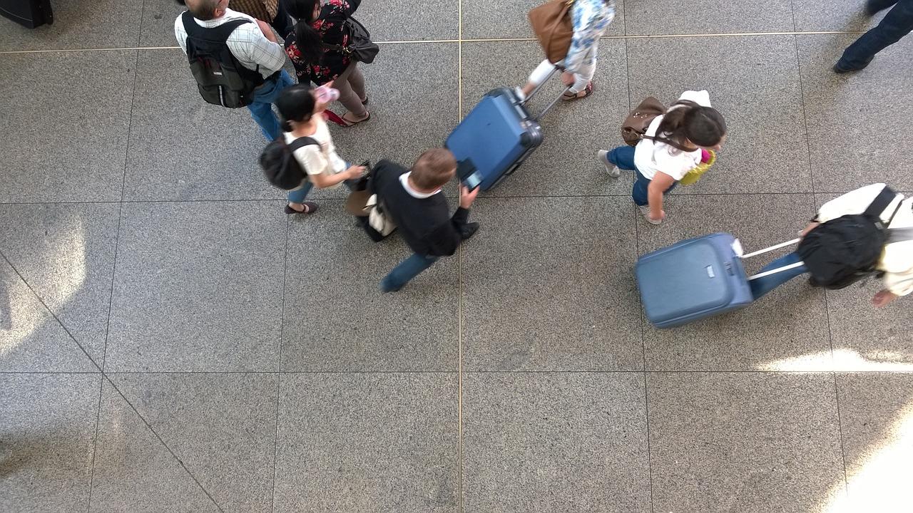 Jakie są maksymalne wymiary i waga bagażu podręcznego Norwegian?