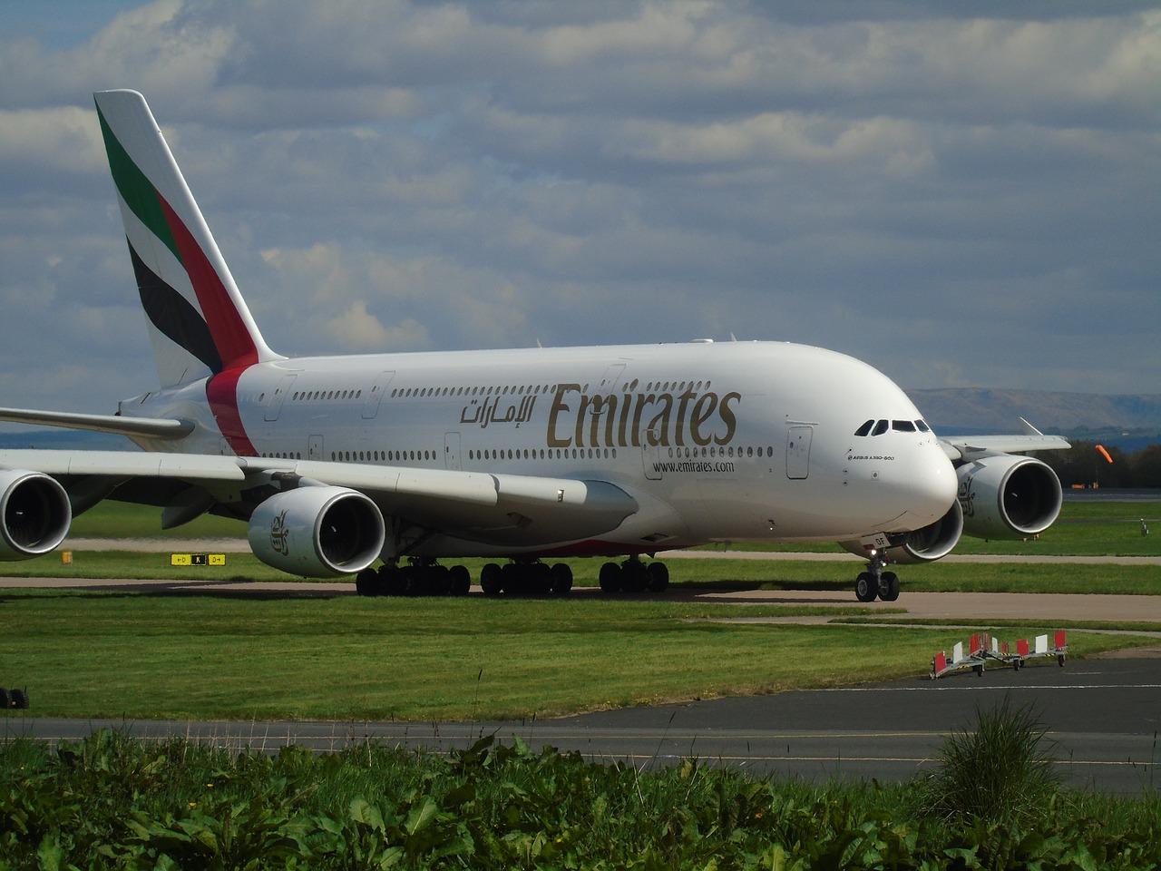 Emirates: bagaż podręczny - wymiary i waga