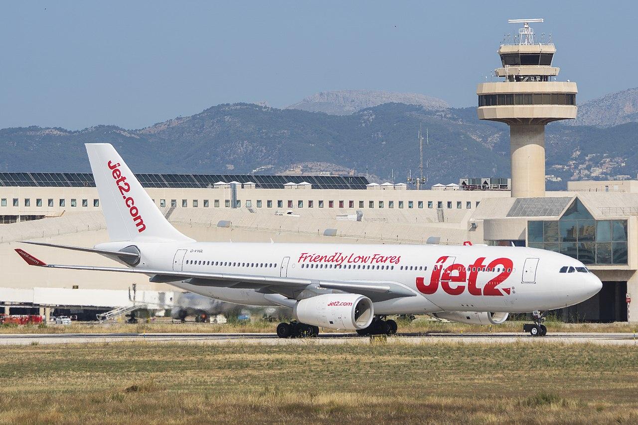 Jet2.com: bagaż podręczny - wymiary i waga
