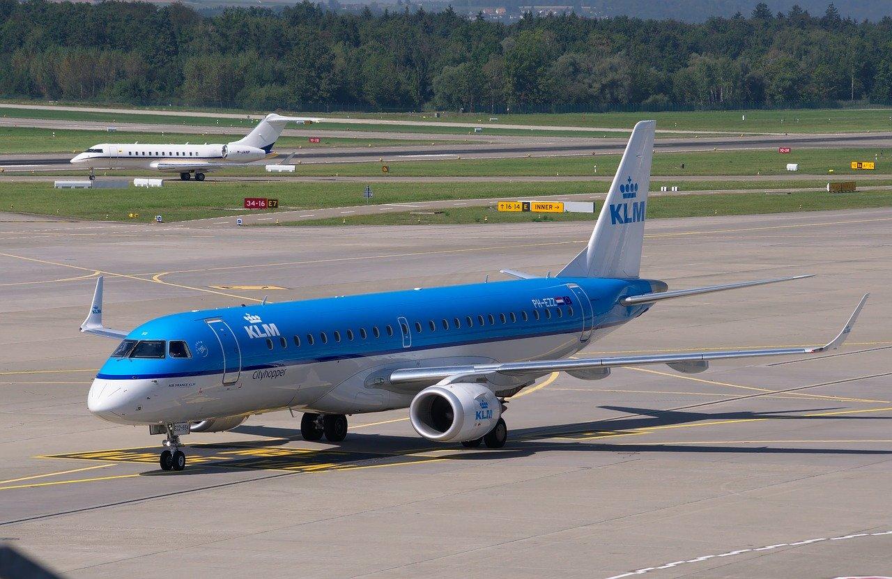Bagaż podręczny KLM: wymiary i waga 2020