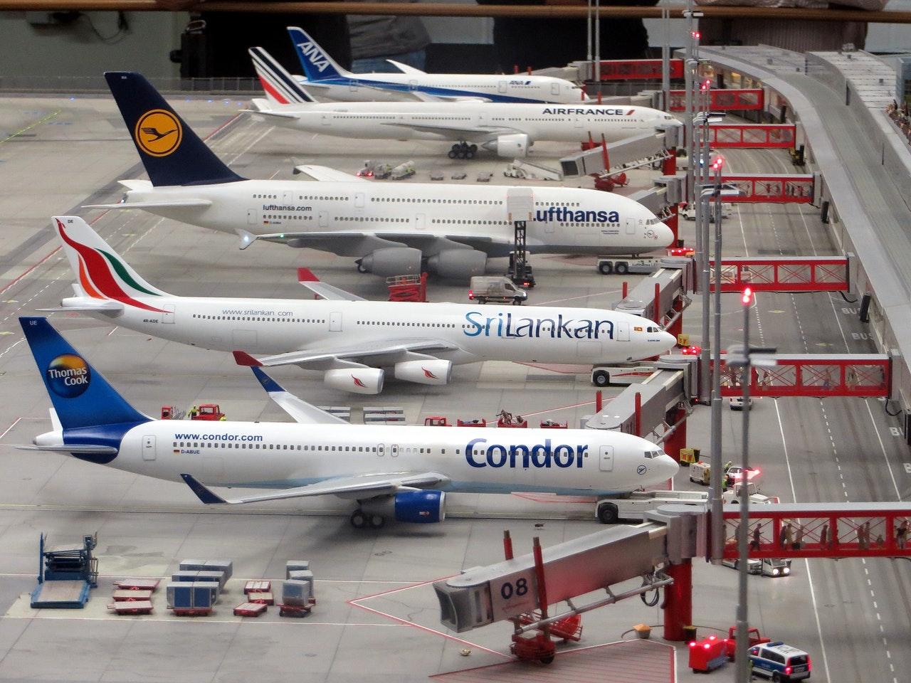 Kontrola bezpieczeństwa na lotnisku - jak przejść ją szybko i sprawnie?