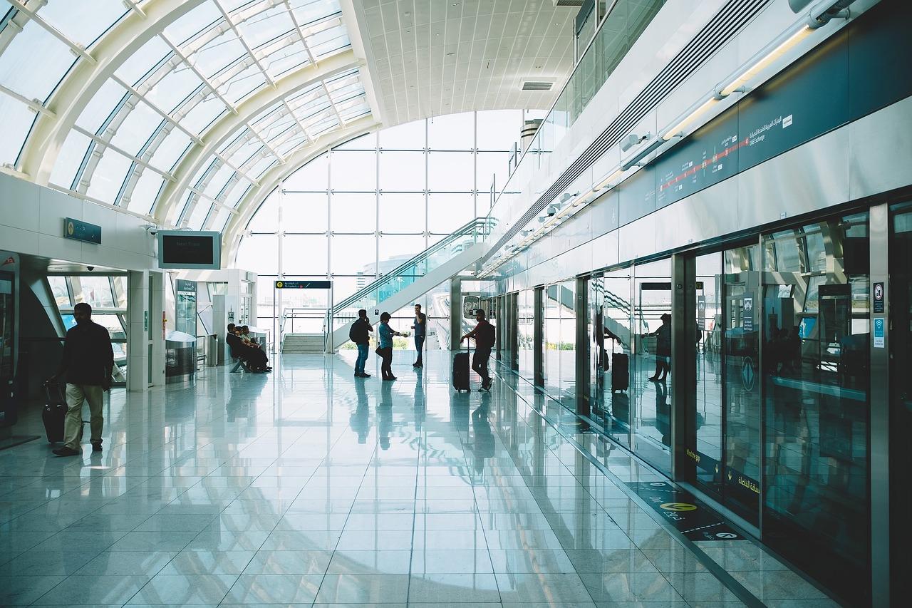 Jakie są maksymalne wymiary i waga bagażu podręcznego i rejestrowanego?
