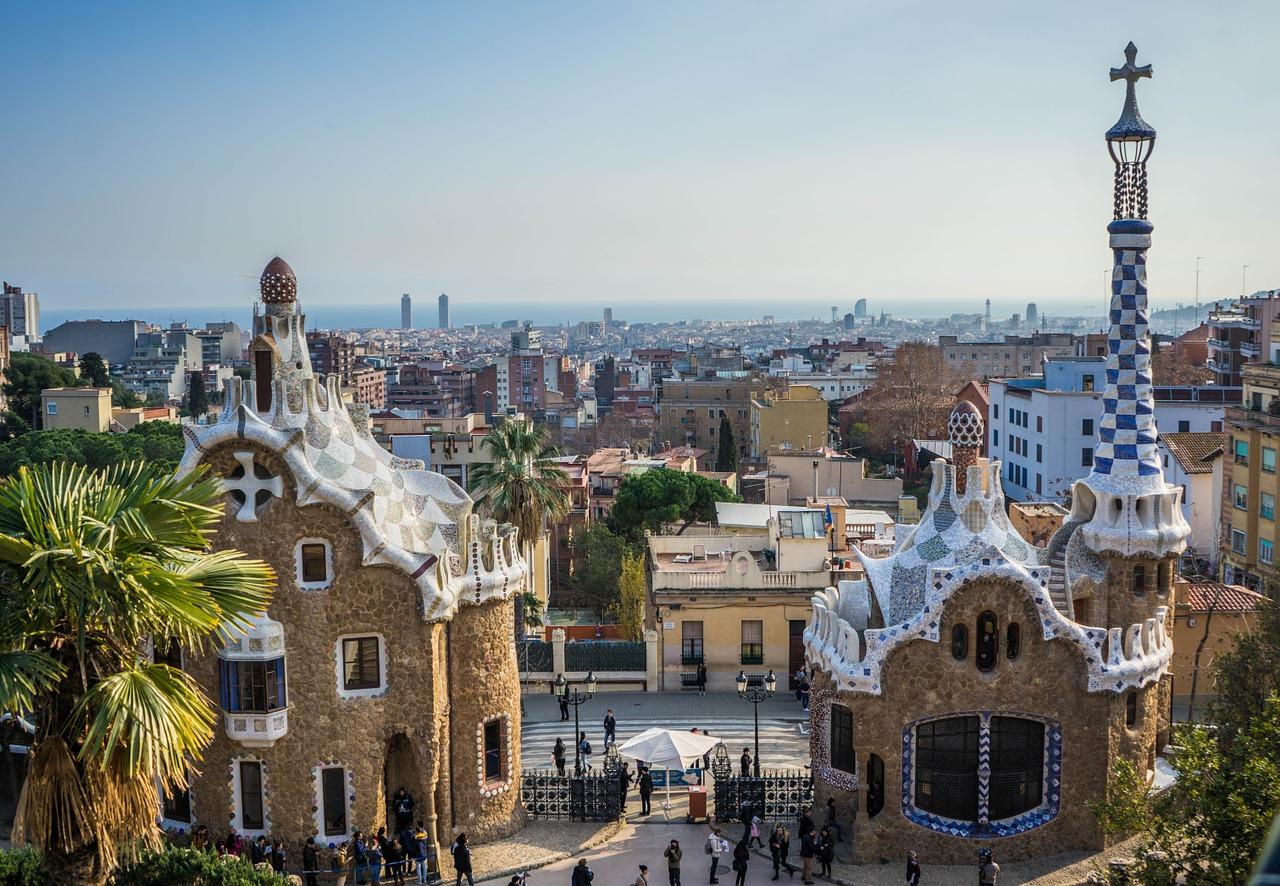 Majówka 2018: tanie loty do Barcelony z Katowic