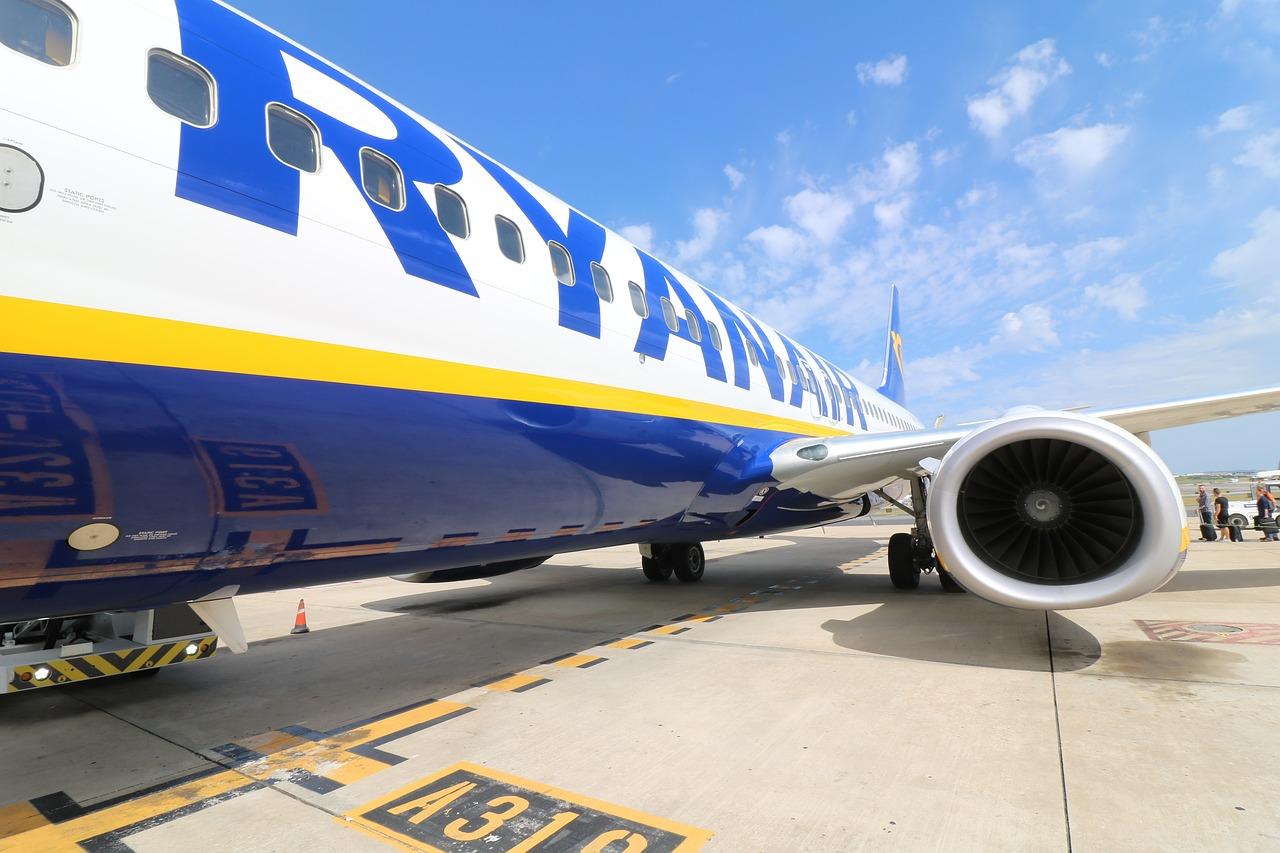 Ryanair bagaż podręczny 2018 wymiary i waga